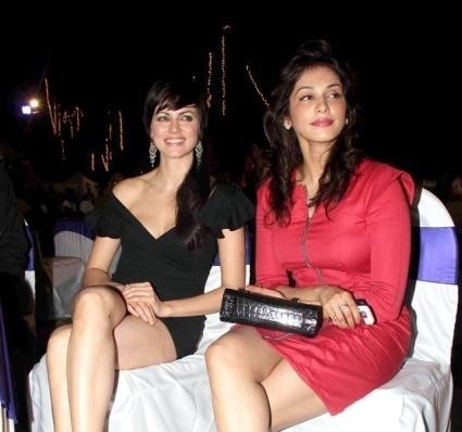Yana Gupta Wardrobe Malfunction at Children International India Launches