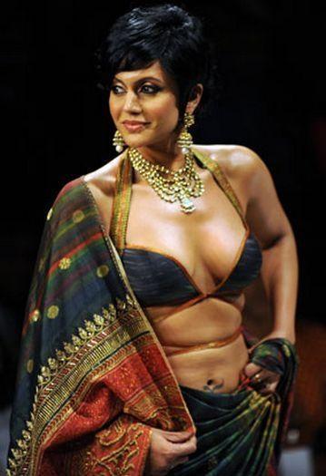 Mandira Bedi deep cleavages show pics