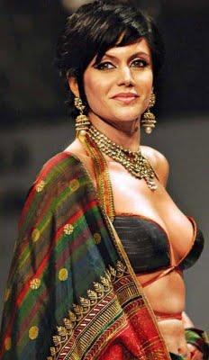Mandira Bedi Walks on ramp at Kolkata Fashion Week