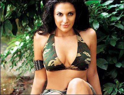 Mandira Bedi sexy bikini photoshoot