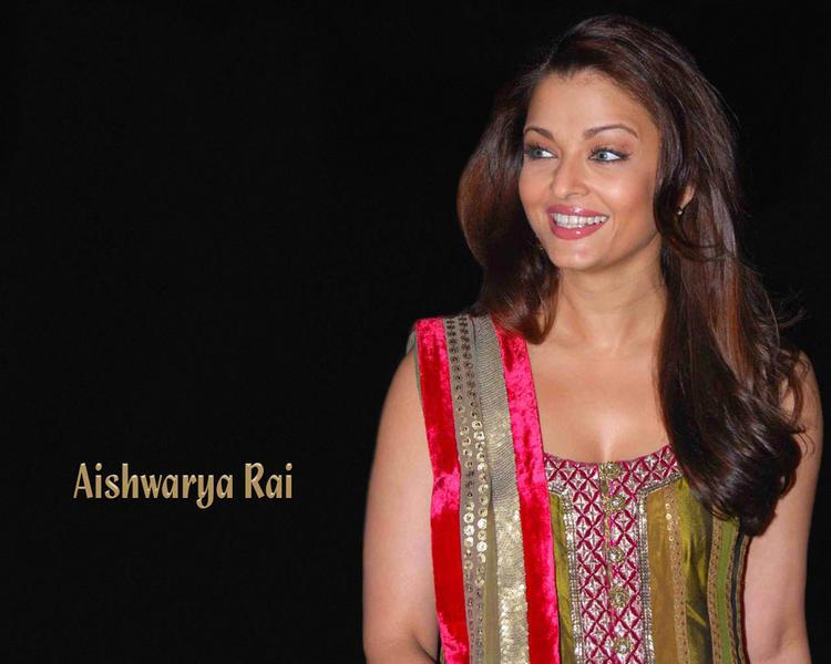 Aishwarya Rai Bachchan gorgeous wallpaper
