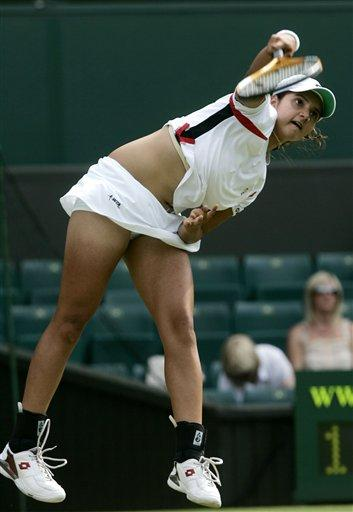 sania mirza hot photos with white color dress