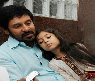 Deiva Thirumagan movie vikram sara press meet photos