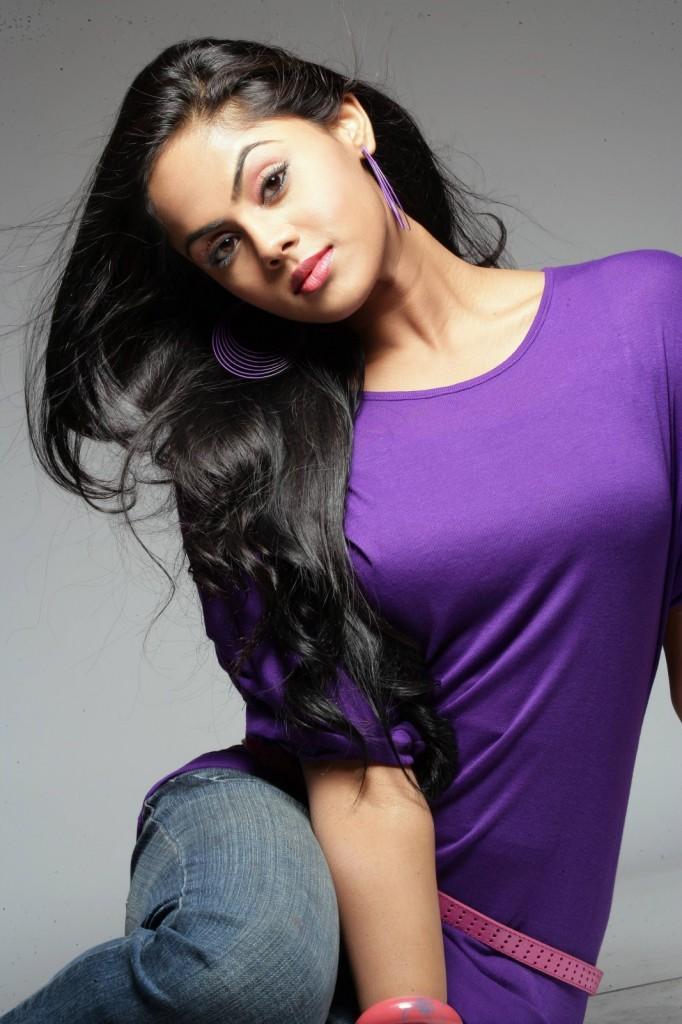 Ko movie heroine karthika Nair cute photos stills