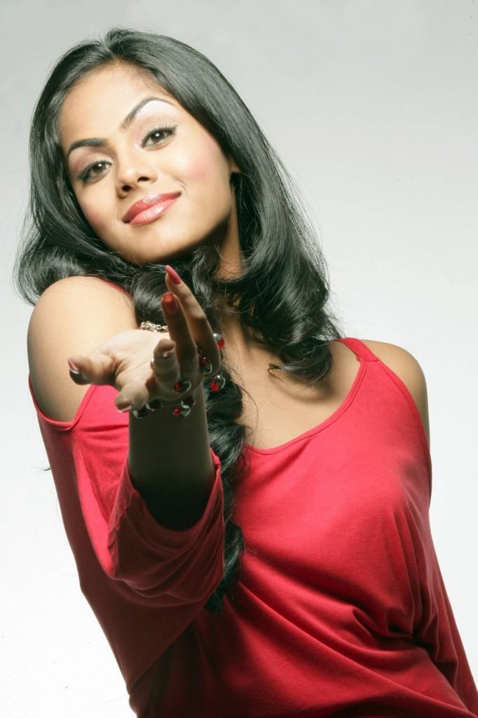 Ko movie heroine karthika Nair latest hot photoshoot
