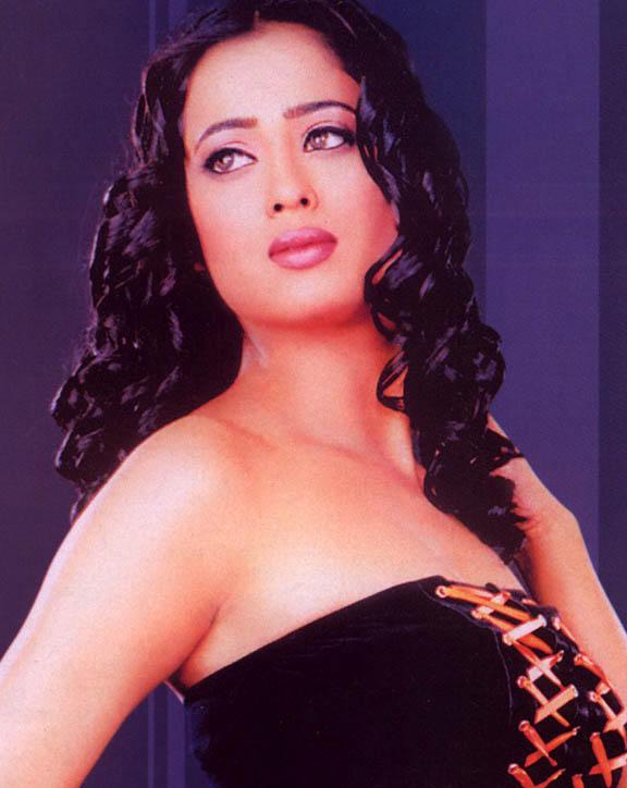 Shweta Tiwari sizzling hot look