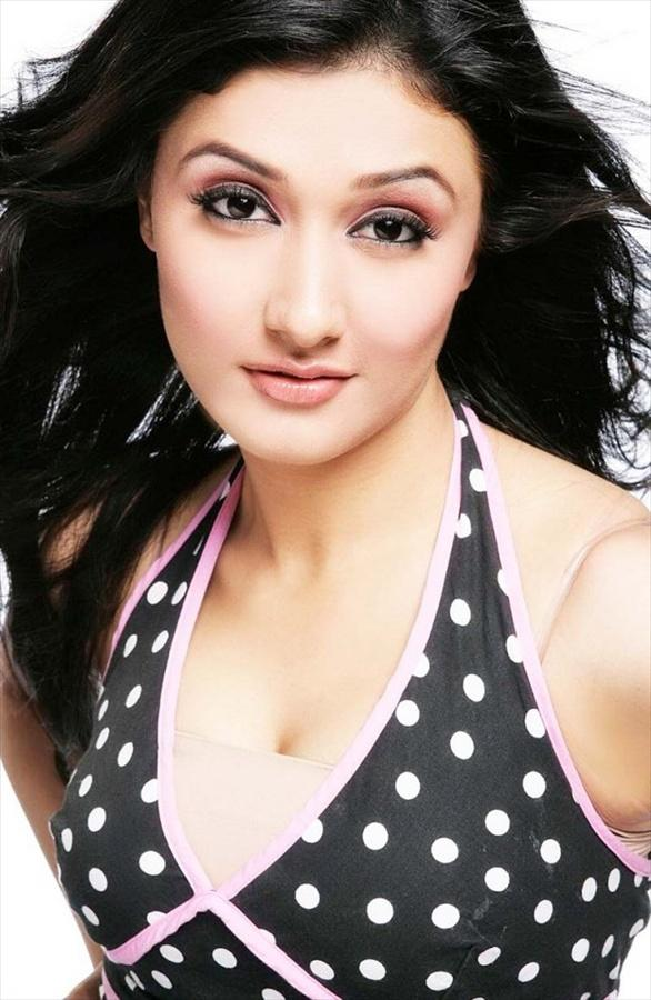 Model Actress ragini khanna posters