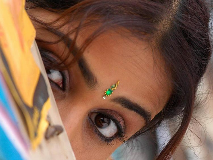 Genelia D'Souza Glazing eyes look