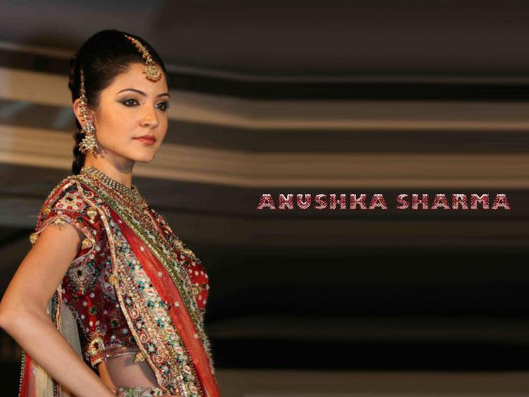 Anushka Sharma best wallpaper