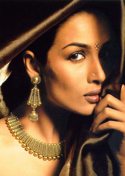 Malaika Arora ads wallpaper