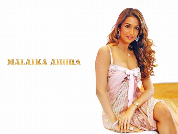 Malaika Arora brown hair latest stills