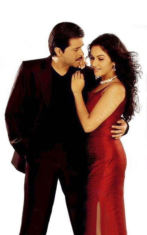 Anil Kapoor and Gracy Singh romance stills