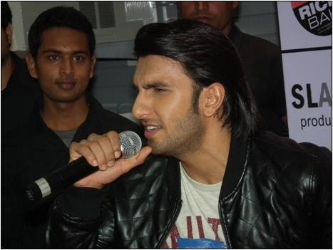 Ranveer Singh Sings a Song