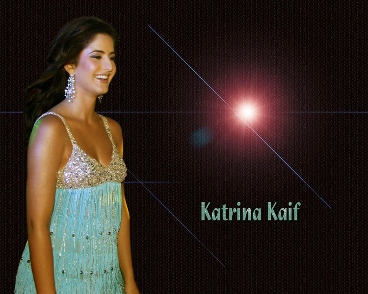 Katrina Kaif  with sweet smile pic