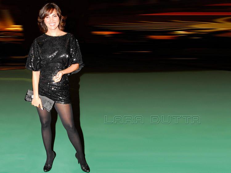 Lara Dutta in amazing dress stills