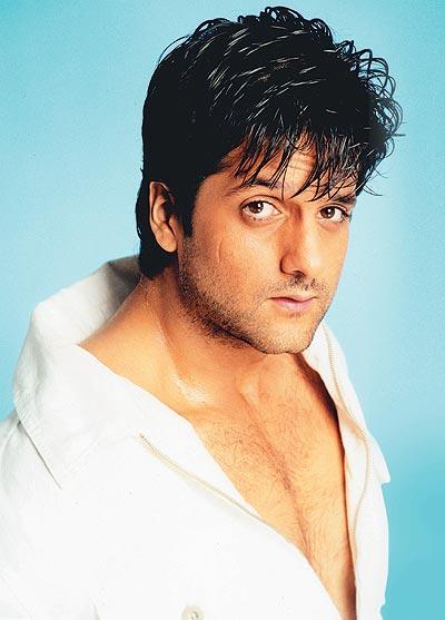 Fardeen Khan sexy body pics