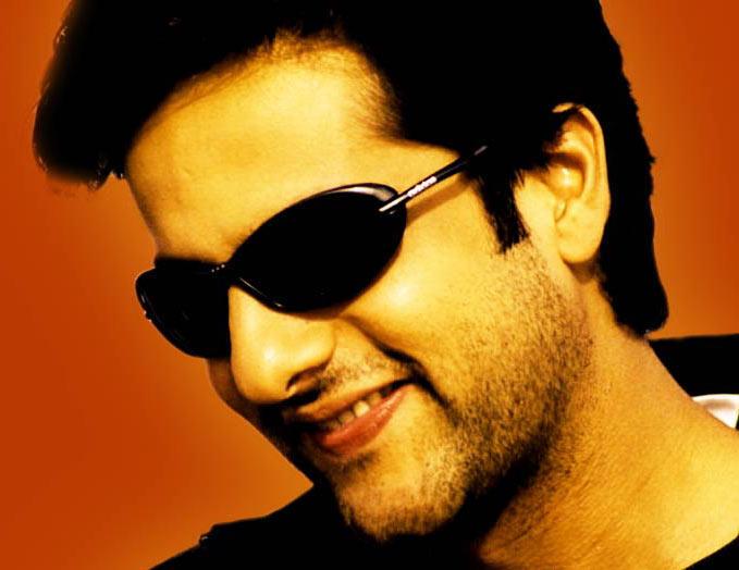 Fardeen Khan looks sweet and gorgeous