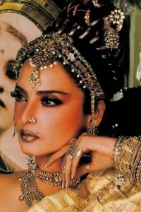 Rekha looks hot in saree