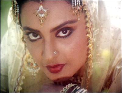 Rekha wonderful look