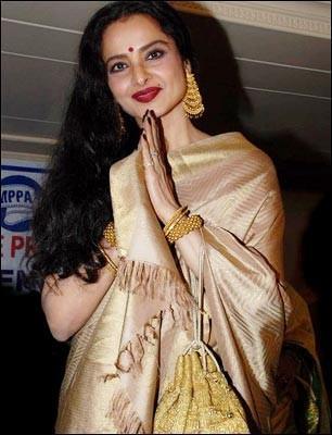 Rekha amazing saree pics