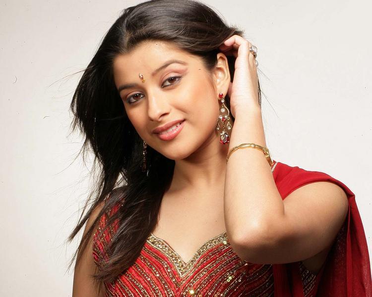 Madhurima Banerjee cute hot look