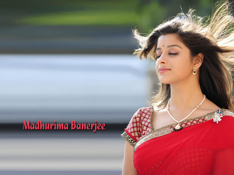 Madhurima Banerjee sexiest stills