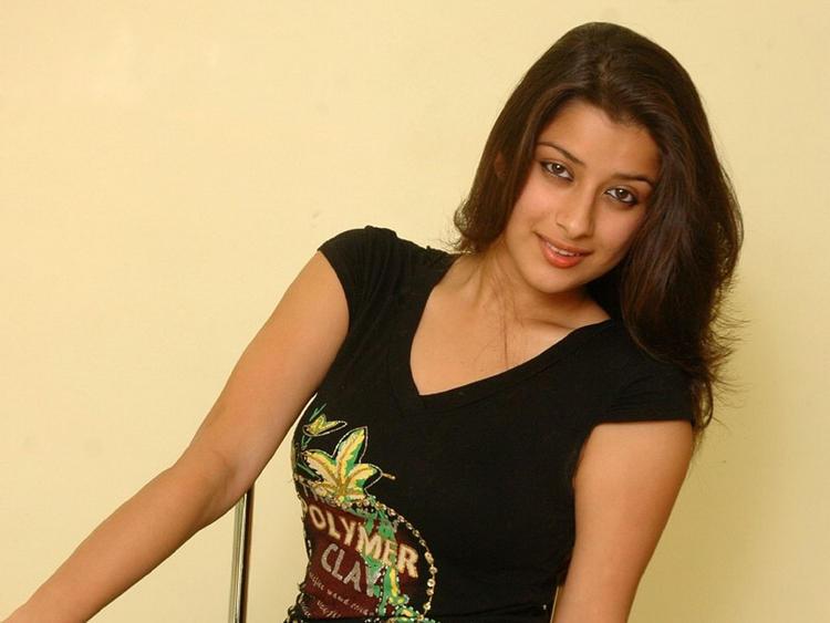 Madhurima Banerjee in tight black color dress