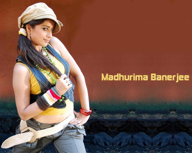 Madhurima Banerjee cute hot images
