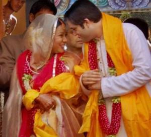 Varun Gandhi and Yamini Roy wedding cute still