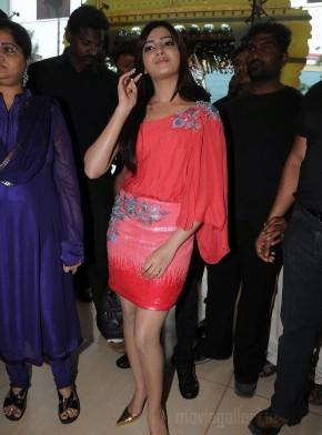 Samantha ruth prabhu amazing dress pics