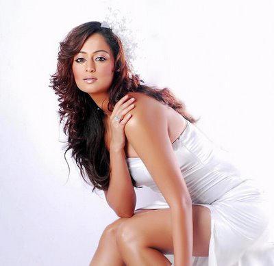 kaveri jha latest hot  images