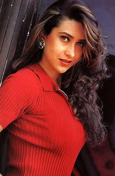 Karishma Kapoor red hot picture