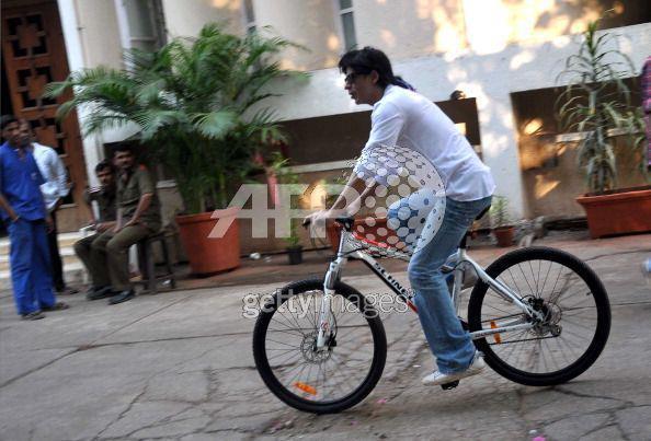 Shahrukh Khan cycling
