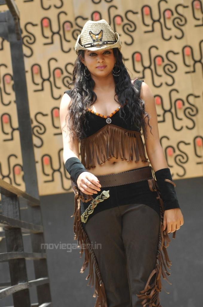Priyamani latest movie hot stills
