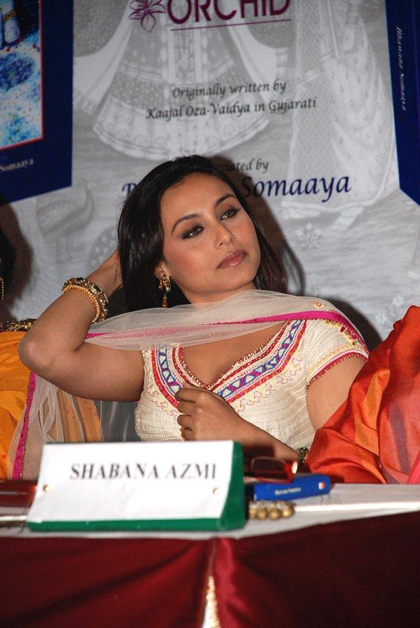 Rani Mukherjee in salwar suit