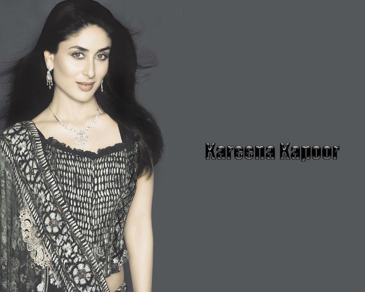 Kareena Kapoor romantic stills