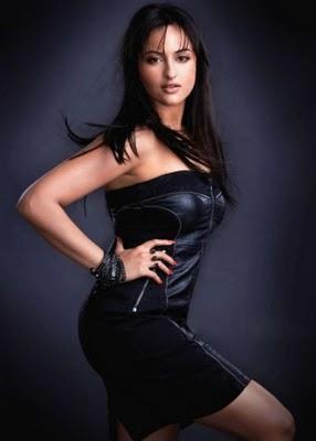 Sonakshi Sinha spicy photo shoot for maxim