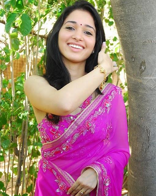 Tamanna Bhatia beautiful look in saree