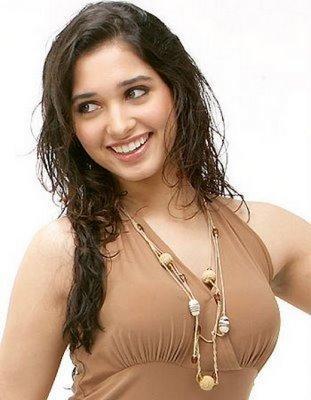 Tamanna Bhatia latest cute pics