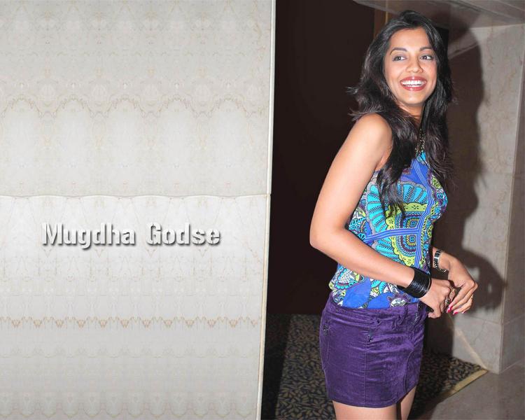 Mugdha Godse with open smile pic