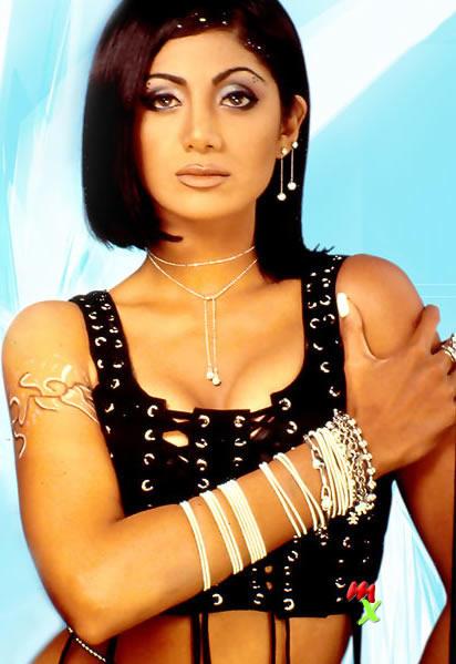 Shilpa Shetty gorgeous and glamous stills