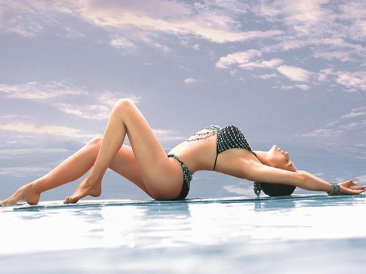 Yana Gupta hottest figure pic