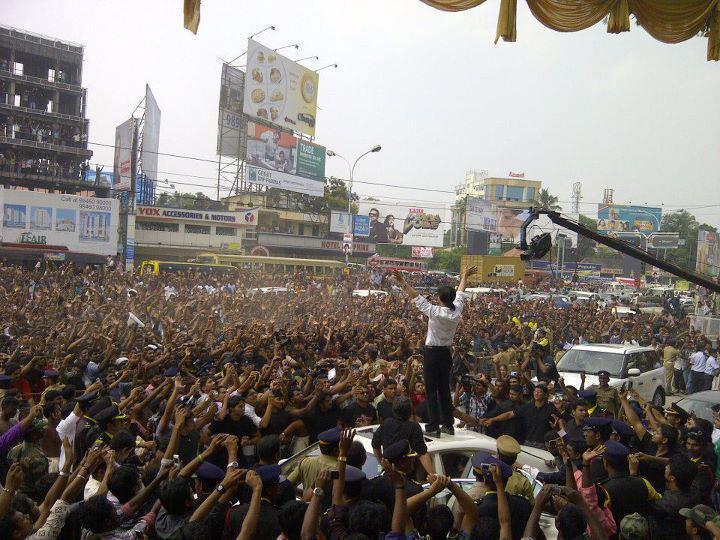 DON Shah Rukh Khan at Kochi