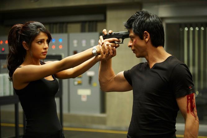 Priyanka and SRK in Don 2