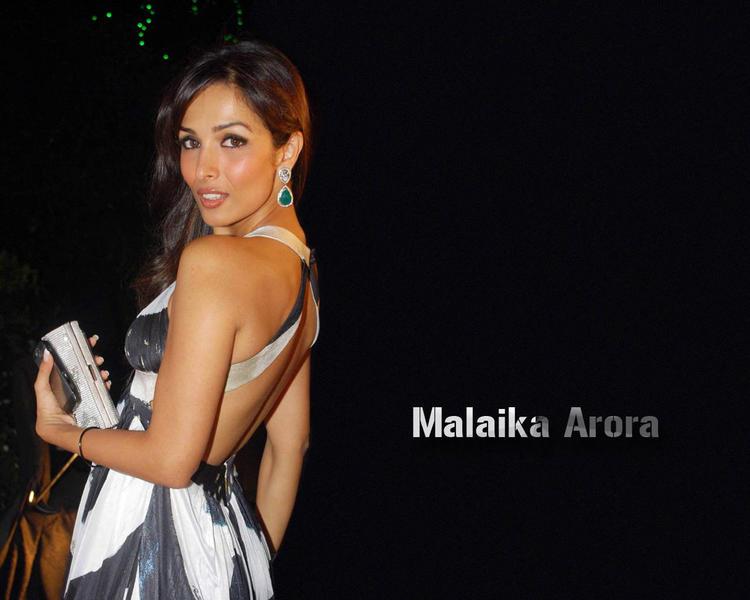 Malaika Arora backless dress wallpaper
