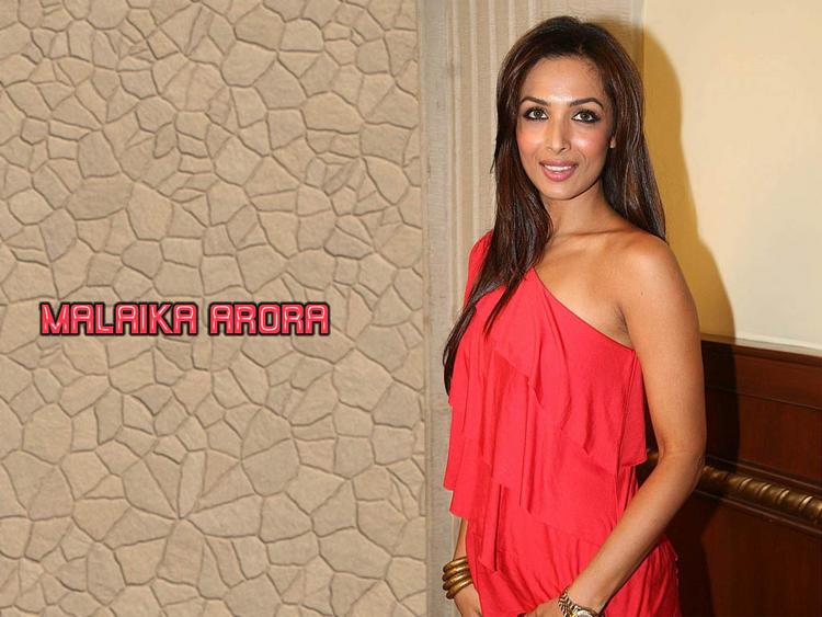Malaika Arora with sweet smile pic