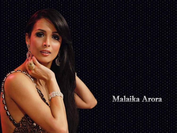 Sizzling Malaika Arora hot look