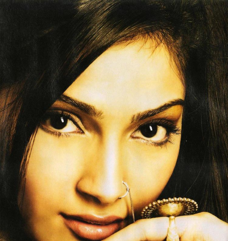 Sonam Kapoor blue eyes look