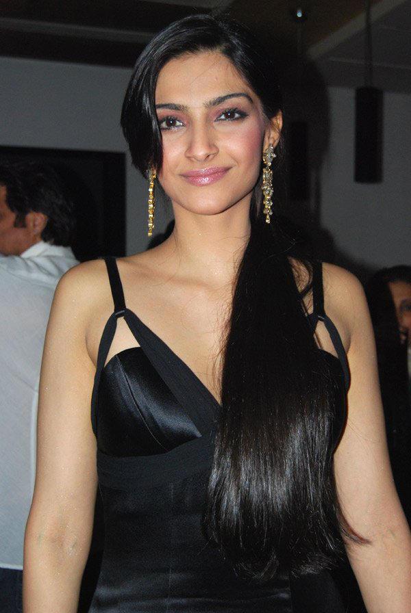 Sonam Kapoor in black hot dress