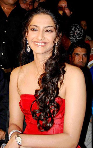 Sonam Kapoor  looking gorgeous